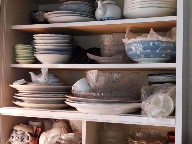 食器棚の収納アイディア6選!使いやすく整理整頓しよう