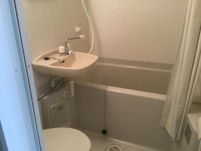 トイレが一緒のユニットバス!そのメリット・デメリットとは