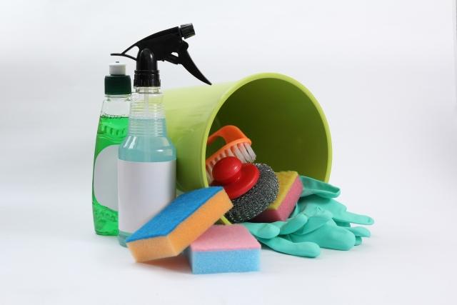ユニットバスの掃除をしよう!浴槽や床の黒ずみ除去&予防法
