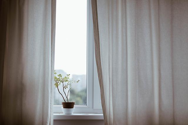 遮光カーテンは高い?人気の北欧柄でも安いカーテンを紹介!