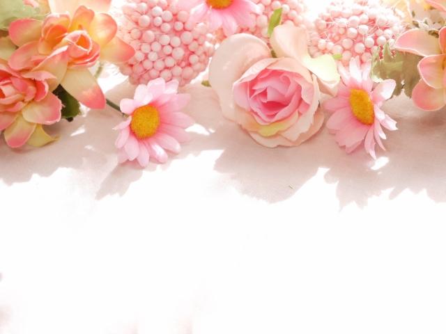 好きなお花があるインテリア!造花のおしゃれな飾り方
