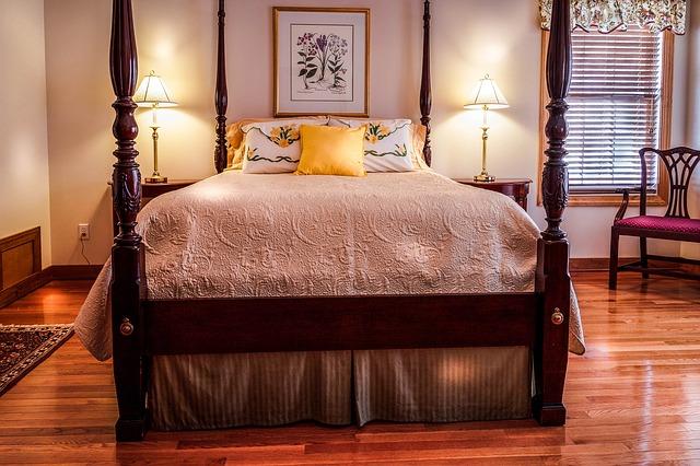 「ベッドカバー」でベッドをおしゃれに飾る使い方をご紹介!