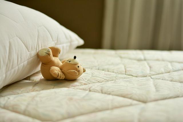 ベッド買い替え!スプリングと綿の寿命サインを見逃さない!