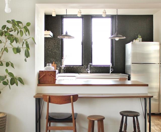 新築キッチンの照明選び!照明の色・組み合わせ方・照明器具