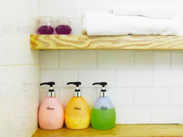 新築の洗面所なら造作の収納を!好きな形の棚でスッキリと