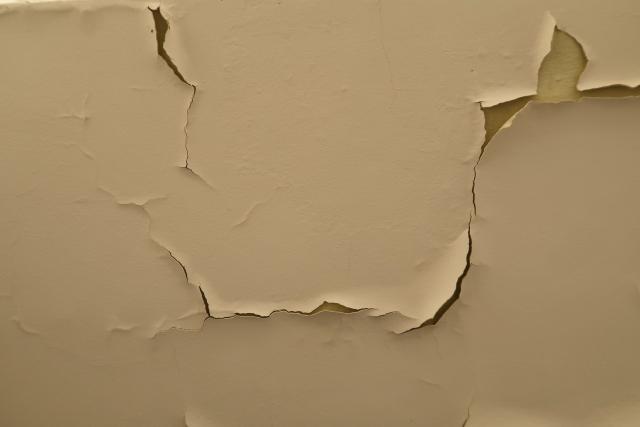 賃貸で壁紙に汚れ!退去時に高額な修繕費用で慌てないために