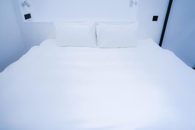 ベッドフレームはセミダブルを選んで快適でおしゃれな寝室に
