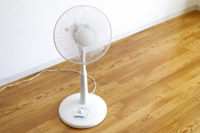 健康的な生活!部屋の空気を扇風機で効率的に換気する方法