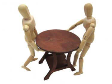 家具を移動させる際に役立つ家具移動グッズ!使い方と注意点