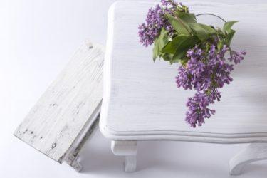 スツールをおしゃれな家具ブランドからご紹介!白のスツール