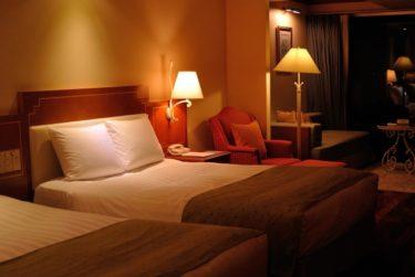 ベッドルームには間接照明!おしゃれで快適にする方法とは?