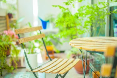 IKEAでお手頃価格で揃う!ベランダに置くテーブルとチェア!