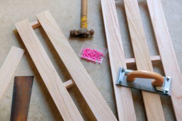 持ち運び可能で使いやすい!すのこで折りたたみ棚を作ろう!