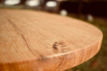 無垢材のテーブルにシミが!シミの取り方とコーティング方法